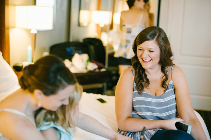 bridesmaids get ready for wedding, greenville sc wedding photographer, furman wedding, greenville wedding photography