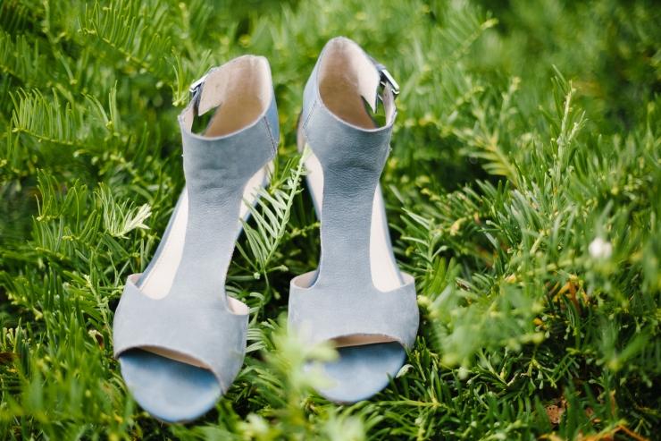 wedding shoes, blue wedding shoes, summer SC wedding, greenville sc wedding photographer, furman wedding, greenville wedding photography