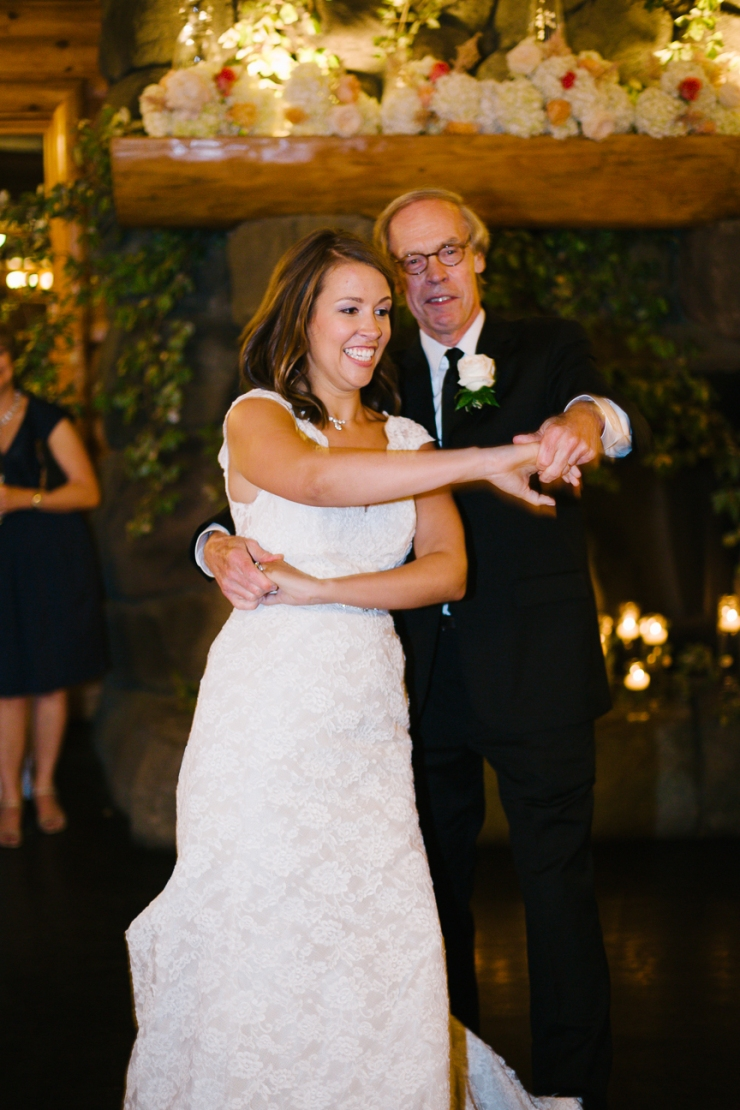 bride dances with her father at Memphis zoo reception