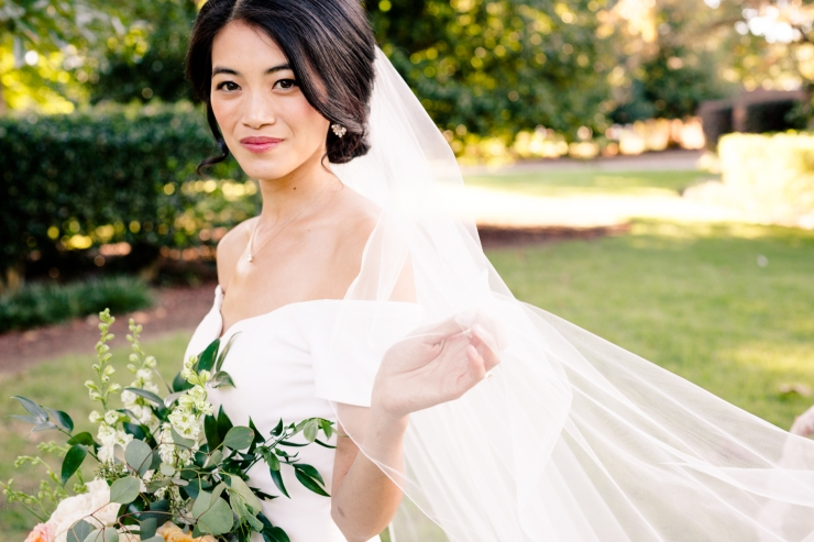 bridal portrait with veil blowing in the breeze, memphis tn wedding